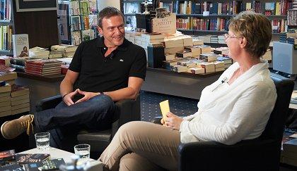 Read more about the article Bestseller-Autor Arno Strobel bei OK54 zu Gast