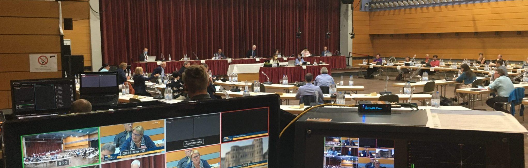 You are currently viewing Stadtrat: Mehr als 5.000 Menschen verfolgen Entscheidung in der Causa Globus online